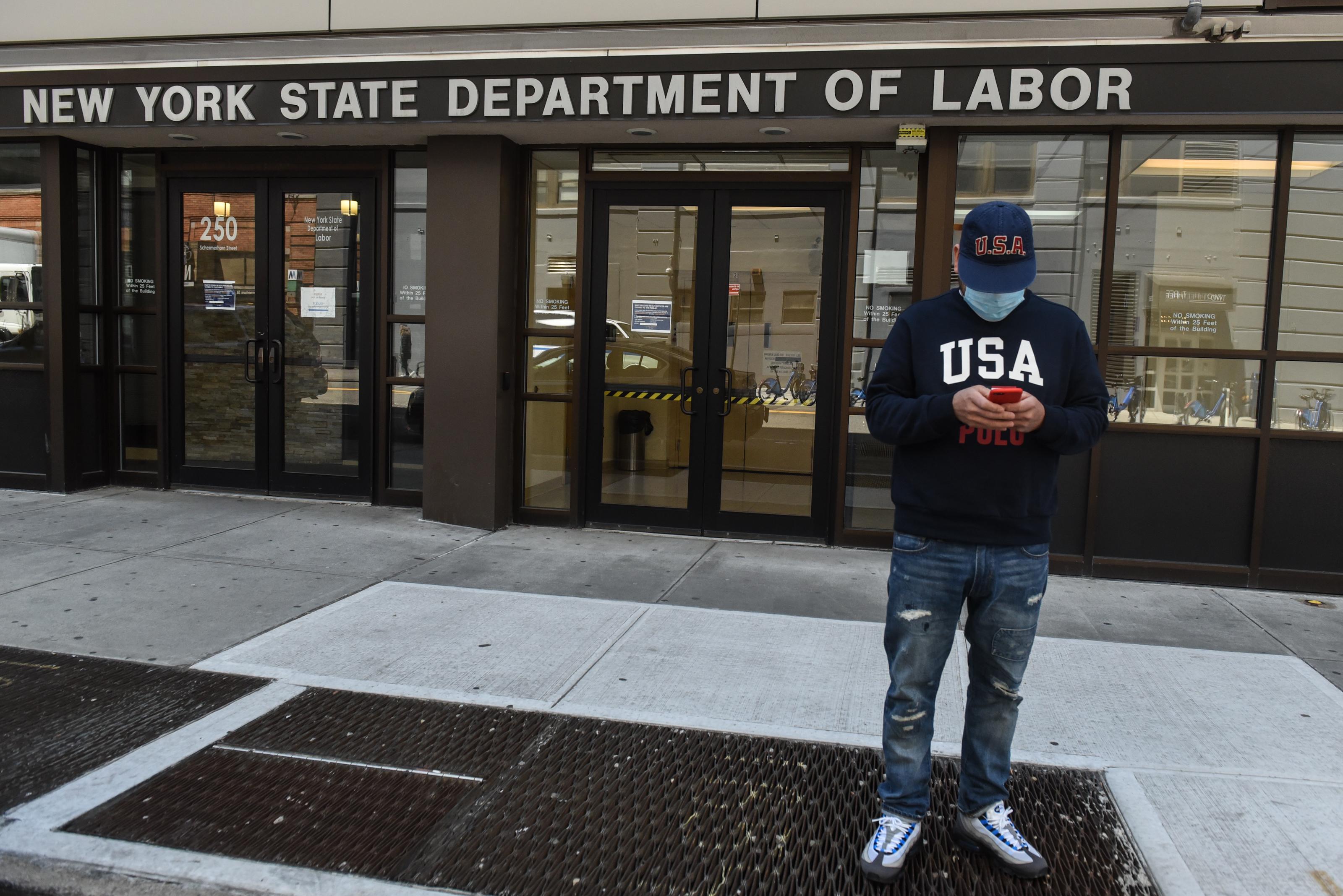 Se disparan los pedidos de subsidio por desempleo en Estados Unidos